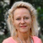 Christine L